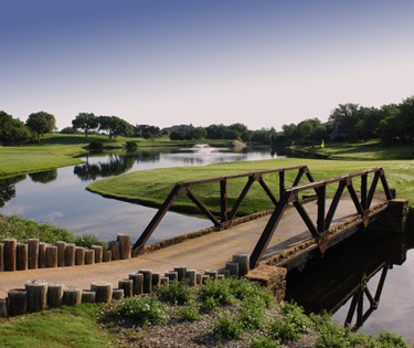 Ram Rock Golf Course and Applerock Golf Course offer two distinctive opportunities for championship golf in Horseshoe Bay